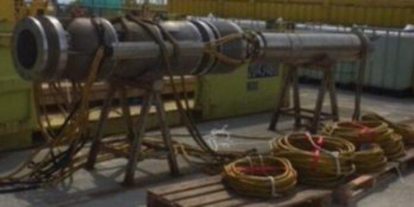 Trekken en installeren van Pleuger onderwaterpompen
